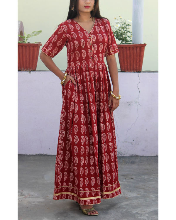 Mehrooni gathered bagh print dress 2
