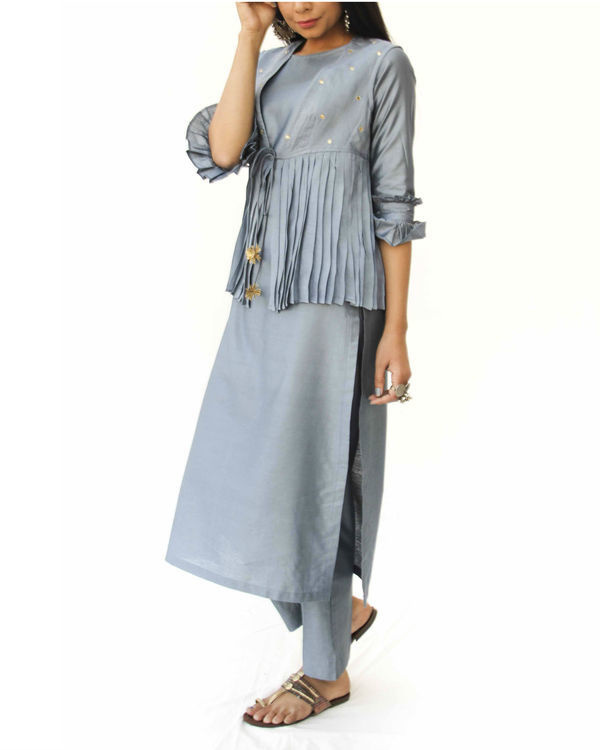 Grey kurta jacket trio set 1