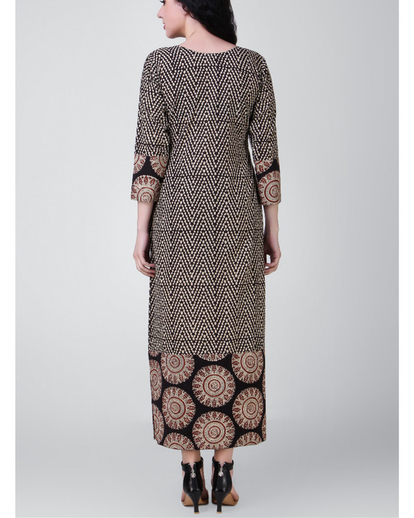 Black-beige block-printed patch dress 2