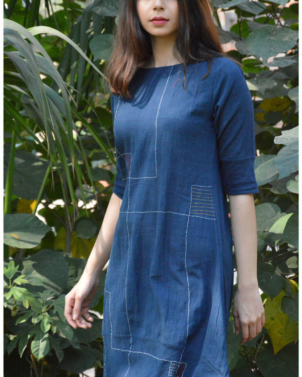 Indigo cocoon tunic with line embroidery 2