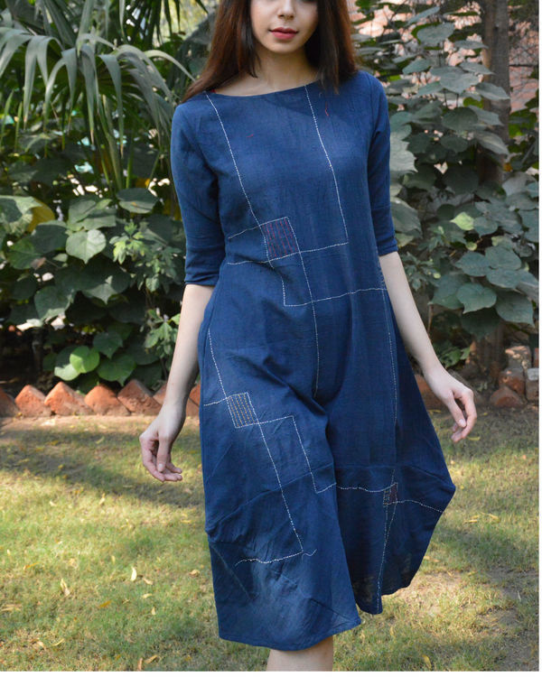 Indigo cocoon tunic with line embroidery 1