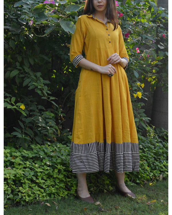 Mustard shirt waist flared maxi dress with striped borders 2