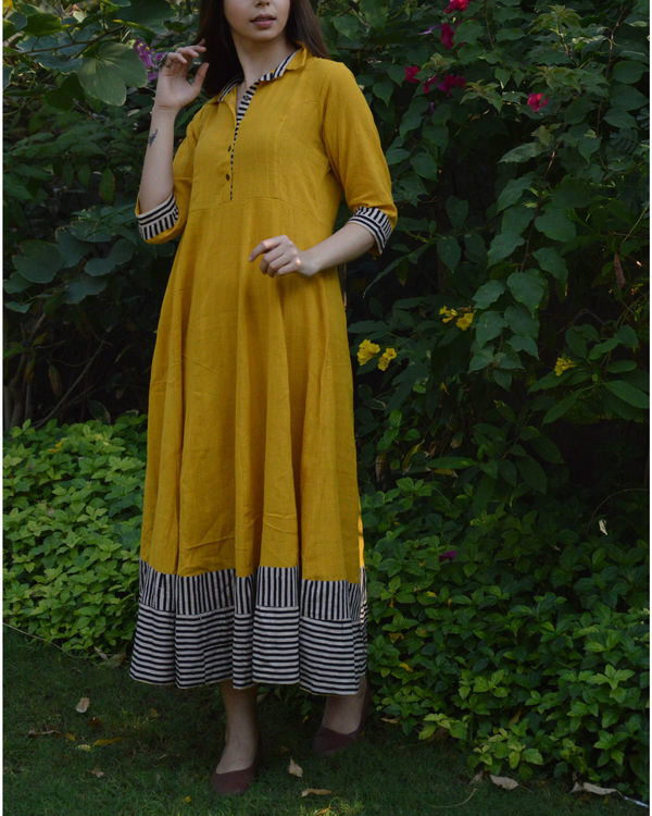 Mustard shirt waist flared maxi dress with striped borders 1