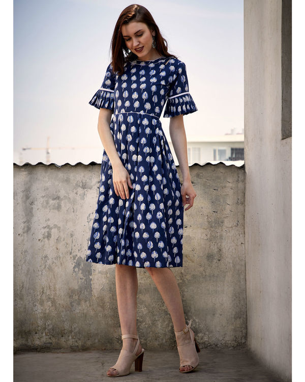 Blue mogra box pleated dress 3
