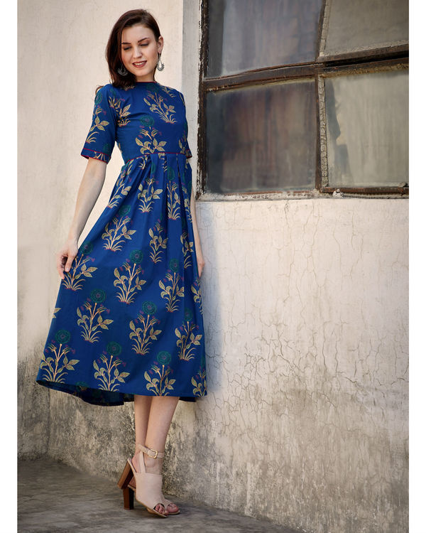 Blue printed flared dress 3