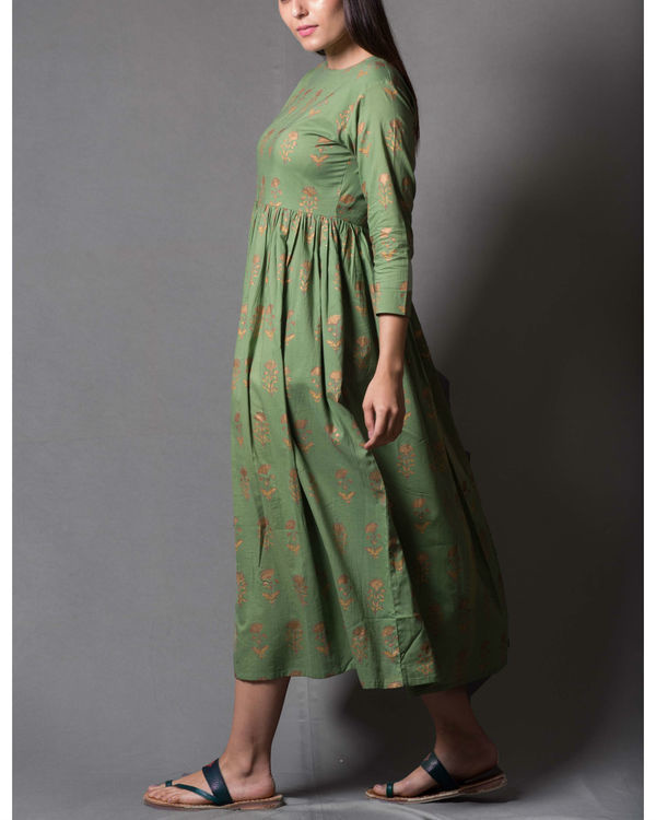 Green daisy block printed dress 2