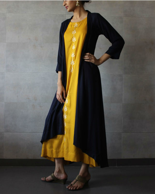 Navy blue cape and yellow kurta set 1