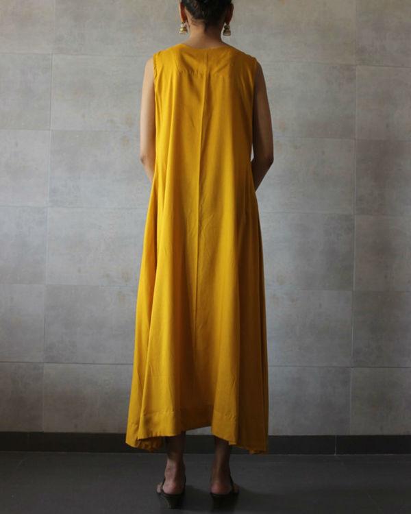 Mustard sleeveless a-line kurta 2