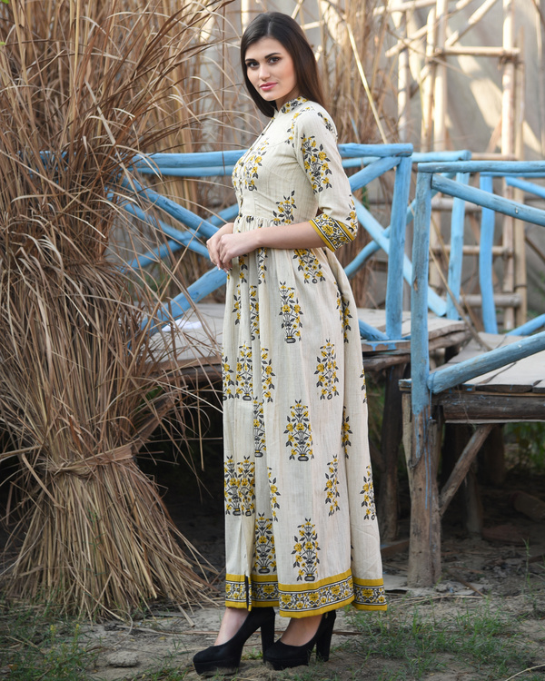 Mustard and off white block printed cape 3