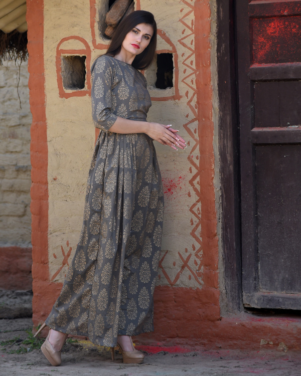 Grey side pleated maxi 1