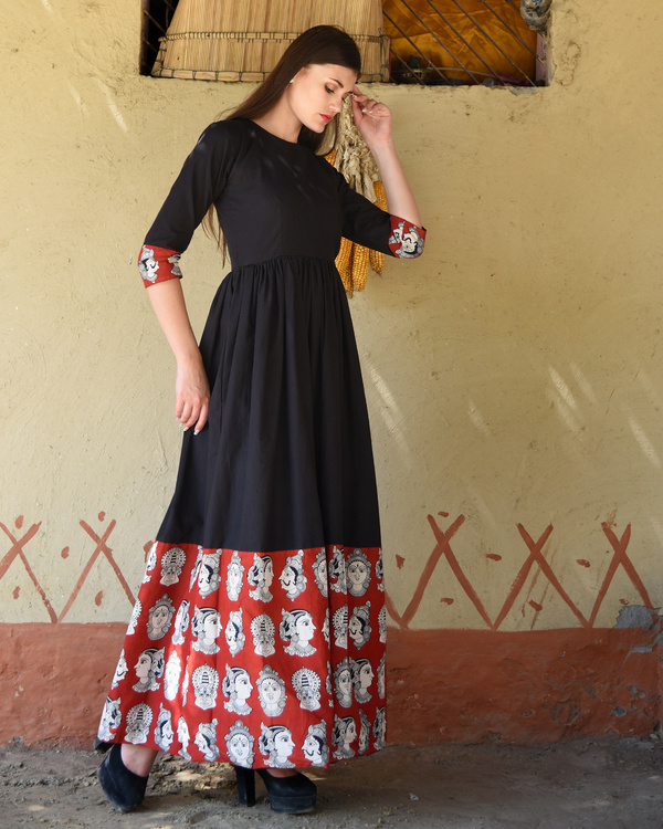 Black gathered dress with kalamkari border 1