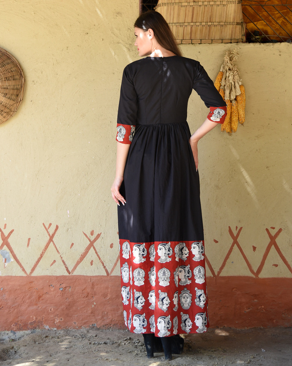 Black gathered dress with kalamkari border 2