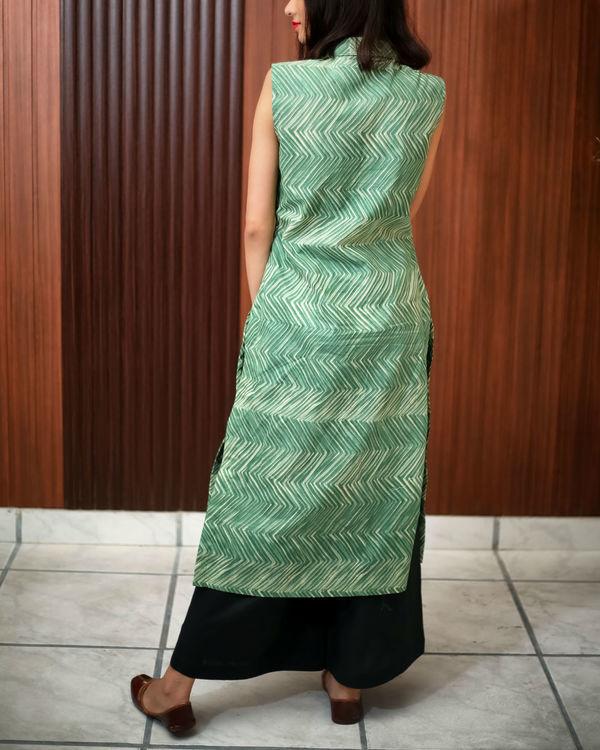 Green shibori printed tunic 4
