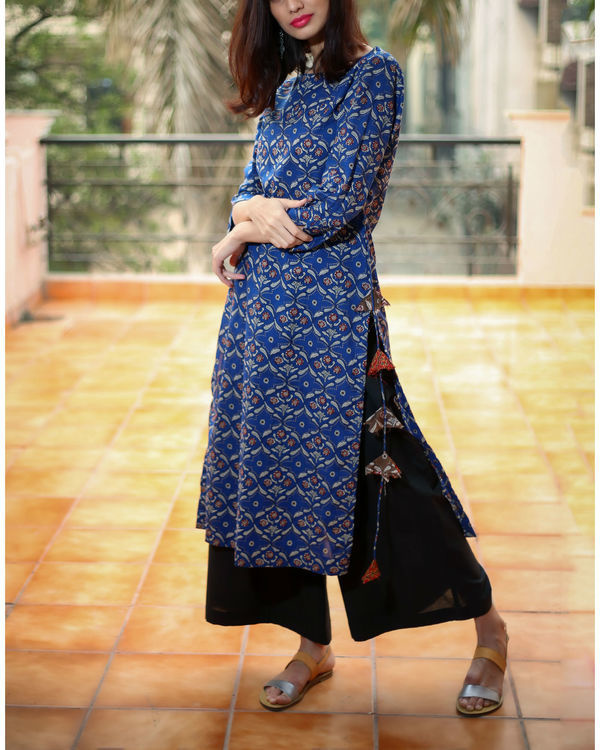Blue tasselled kurta 3