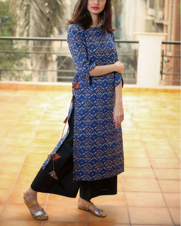 Blue tasselled kurta 2