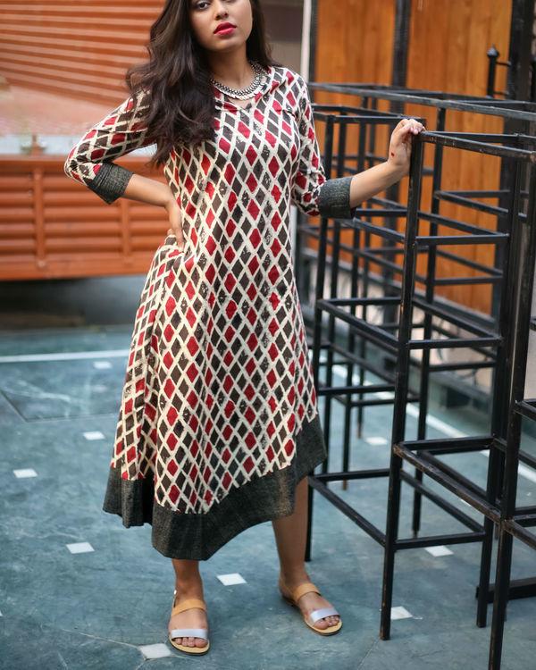 Twisty hemline dress 2