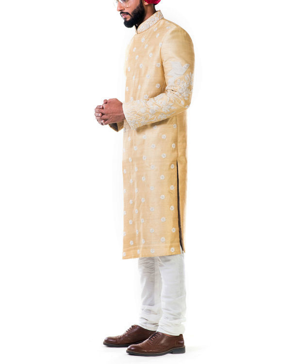 Off-white thread work embroidery sherwani set 2