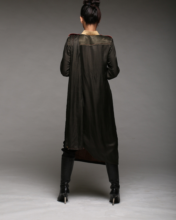 Reverse extended kurta with pants 1