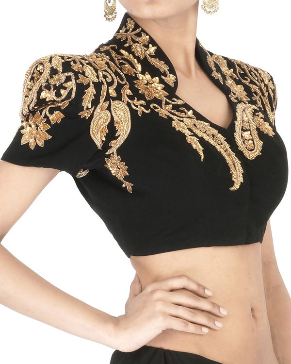 Black embroidered crop top 2