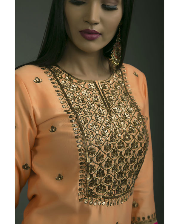 Gulaabi baagh embroidered kurta set with orange dupatta 1