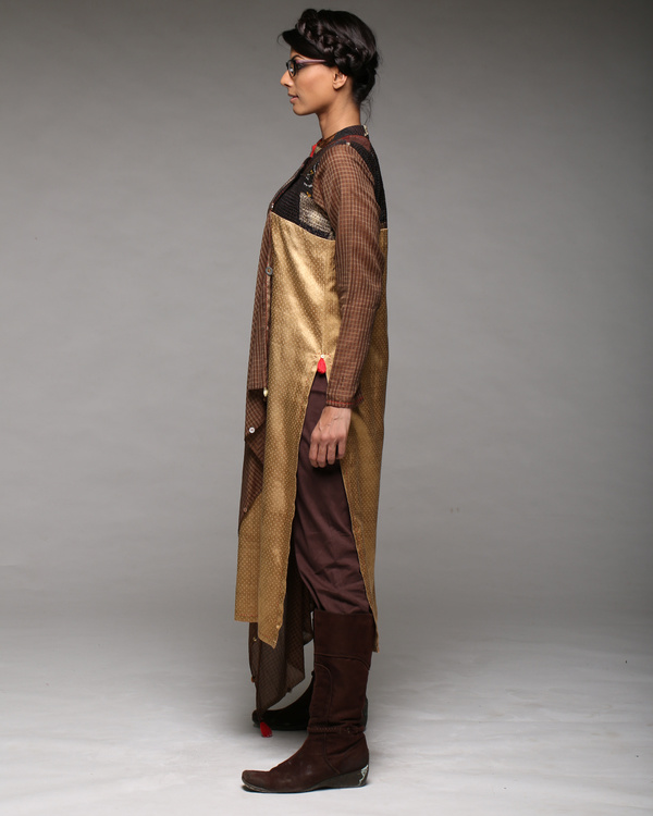 Draped yoke kurta with pants 2