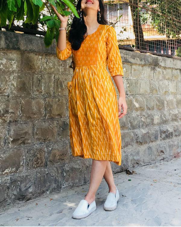 Mustard and white zigzag dress 2