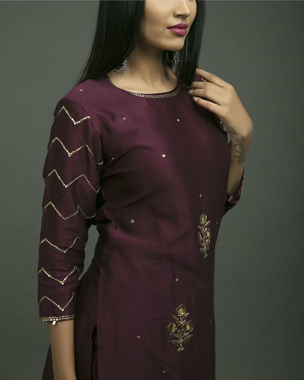 Embroidered baigani phool set 3