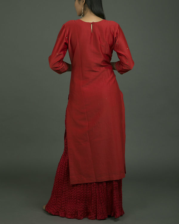 Laal ghaagra embroidered set 1