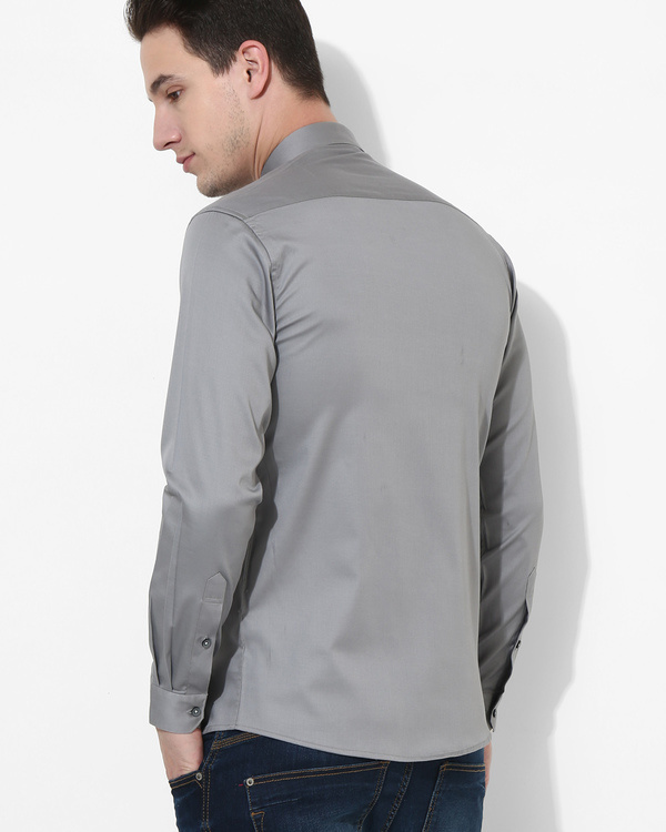 Grey trio color shirt 1
