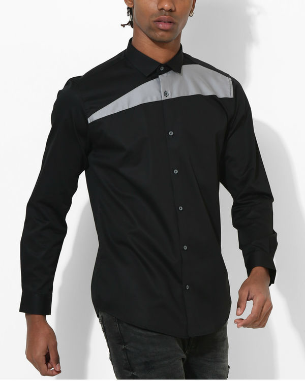 Black and grey sharp cut shirt 2