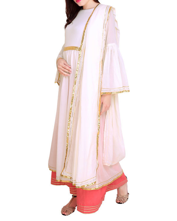 Off white tunic set with dupatta 2