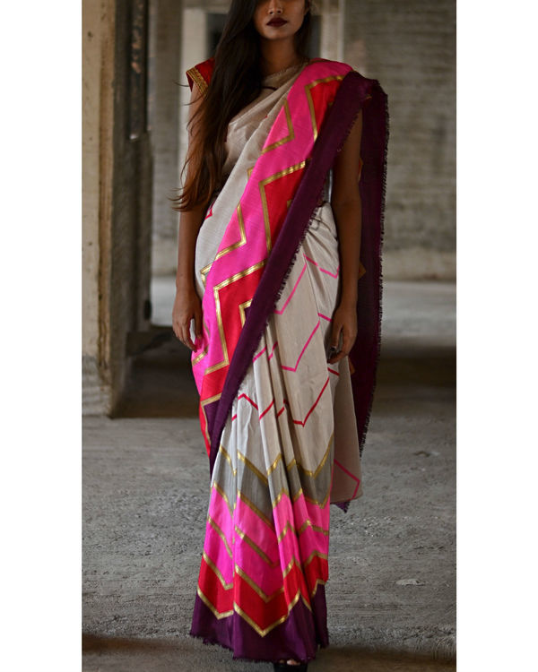 Pink and Grey Zigzag Sari 2