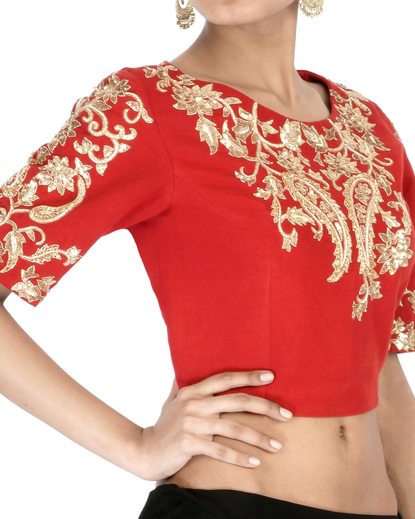 Red elbow sleeves embroidered crop top 2